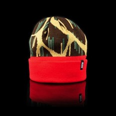 kulich OFFICIAL - Giraffe Rain Red (000)